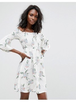 Boohoo Bardot Floral Dress With Ruching Detail - Cream