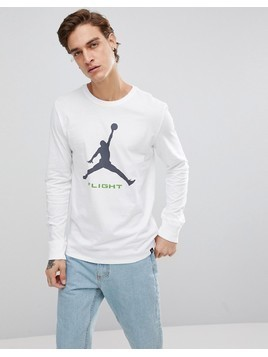 Nike Jordan Long Sleeve Top With Arm Print In White AA3272-100 - White