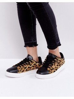Truffle Collection Clean Leopard Trainers - Beige