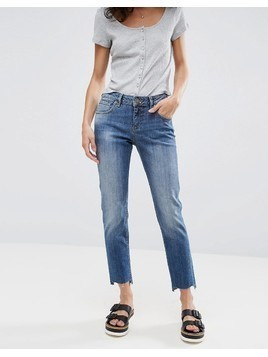 ASOS KIMMI Shrunken Boyfriend Jeans in Blake Vintage Darkwash with Stepped Hem - Blue
