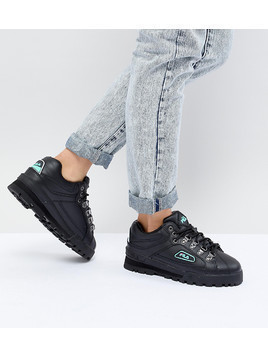 Fila Trail Blazer Boots In Black - Black