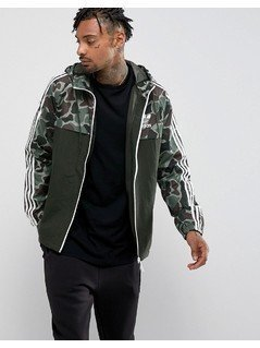 adidas Originals Camo Windbreaker In Green BS4894 - Green
