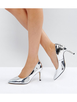 Truffle Collection Wide Fit Pop Heel Court Shoe - Silver