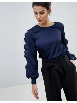 Closet Top With Frill Arm Detail - Navy