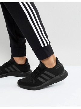 adidas Originals Swift Run Trainers In Black CG4111 - Black