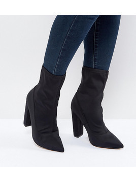 ASOS BASICALLY Wide Fit Pointed Sock Boots - Black
