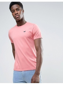 Hollister Slim Fit Core T-Shirt Seagull Embroidered Logo in Pink - Pink