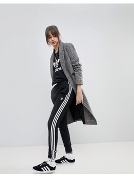 adidas Originals adicolor Three Stripe Regular Fit Cuffed Track Pants In Black - Black
