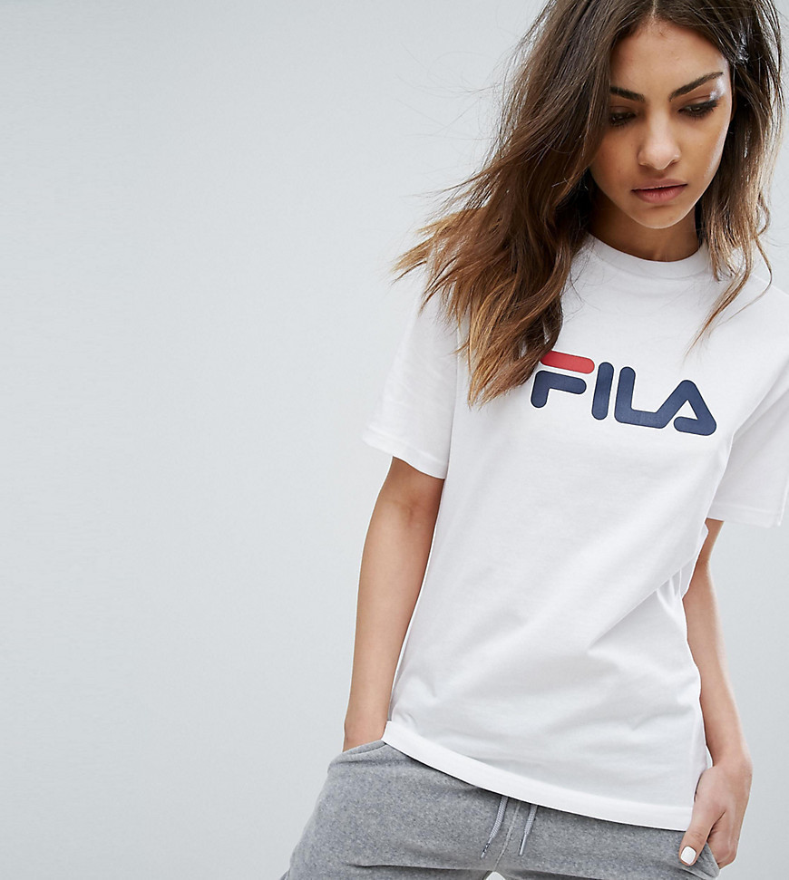 Fila Oversized Boyfriend T-Shirt With Chest Logo - White