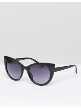 AJ Morgan Cat Eye Sunglasses In Black - Black