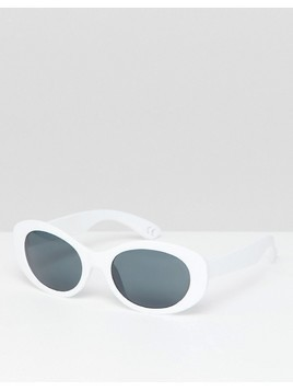 ASOS DESIGN Oval Sunglasses In Rubberised White With Smoke Lens - Grey