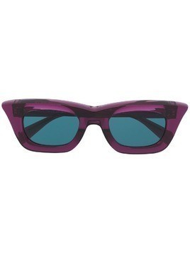 Kuboraum cat eye frame sunglasses - Purple