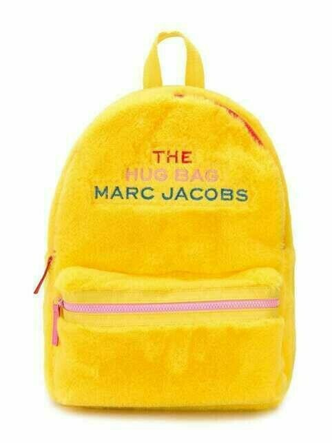 The Marc Jacobs Kids faux fur logo patch backpack - Yellow