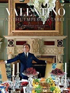 Assouline Valentino: At the Emperor's Table - Multicolour