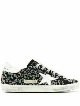 Golden Goose star-patch lace-up sneakers - Black