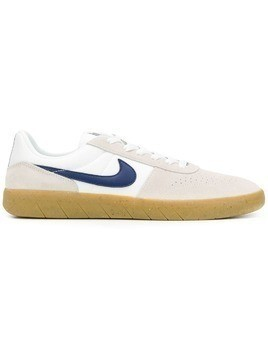 Nike Nike SB Team Classic trainers - White