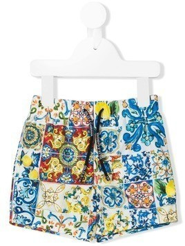 Dolce & Gabbana Kids Majolica swim shorts - Blue