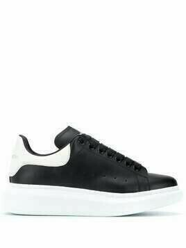 Alexander McQueen oversized leather sneakers - Black