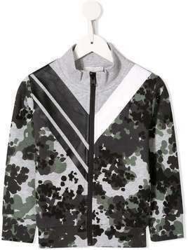 Stella McCartney Kids chevron camouflage print jacket - Green