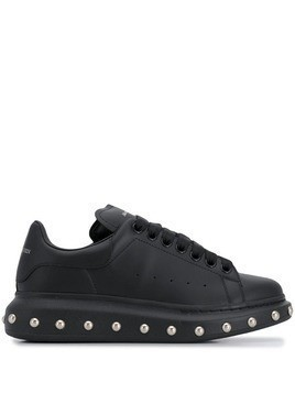 Alexander McQueen Oversized studded sneakers - Black