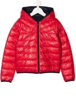 BOSS Kidswear logo print reversible down jacket - Blue