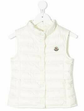 Moncler Enfant logo-patch padded gilet - Neutrals