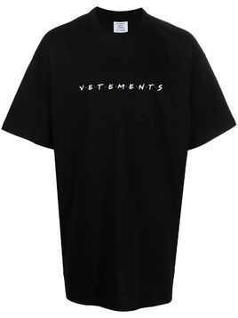 Vetements 'Friends' logo print t-shirt - Black