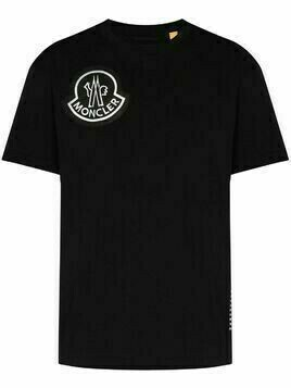 Moncler embroidered logo patch T-shirt - Black