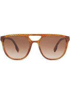 Burberry navigator-frame sunglasses - Brown