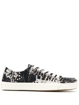 Maison Margiela Tabi graffiti-print sneakers - Black