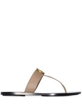 Gucci Marmont GG thong sandals - Brown