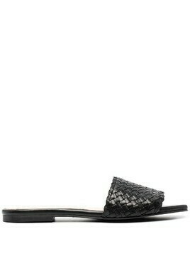 Pretty Ballerinas woven leather slip-on sandals - Black