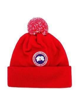 Canada Goose Kids logo patch knitted hat - Red