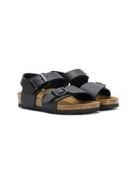 Birkenstock Kids buckle flat sandals - Black