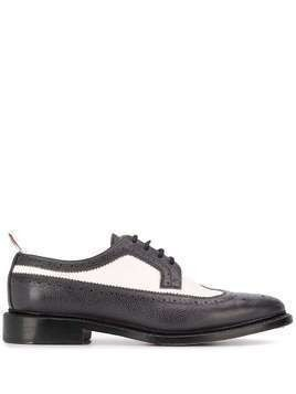 Thom Browne Longwing Spectator Brogues - Grey