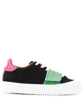 Gcds colour blocked low top sneakers - Black