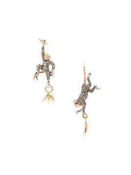 Bibi Van Der Velden 18k rose gold monkey and banana earrings - Metallic
