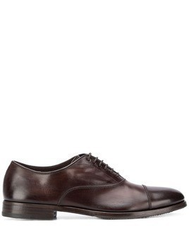 Henderson Baracco distressed oxford shoes - Brown