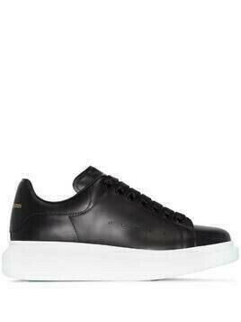 Alexander McQueen Oversized lace-up sneakers - Black