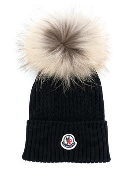 Moncler Kids pom pom knitted hat - Blue