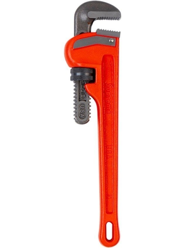 Supreme Ridgid Pipe Wrench - Red