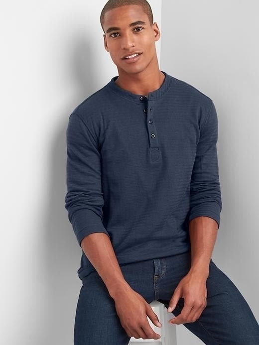 Gap Long Sleeve Herringbone Henley - Navy081