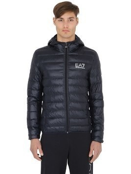 TRAIN CORE HOODED LIGHT DOWN JACKET