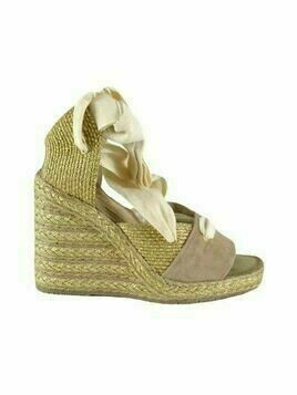 Wedge sandals with ribbon