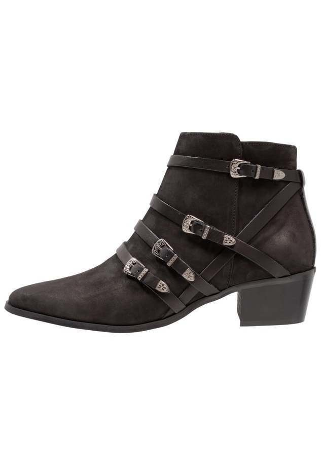 Pieces PSPEDRA LEATHER BOOT Botki kowbojki i motocyklowe black