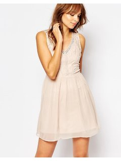 Vero Moda Lace Detail Dress - Pink
