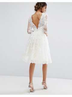 Chi Chi London Lace Midi Dress With Scallop V Back - Cream