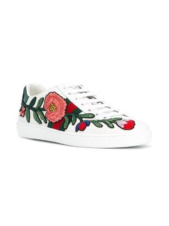 Gucci Ace embroidered low top sneakers